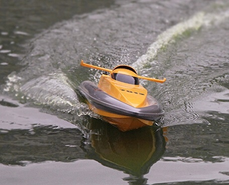 REB-TF7013 2.4G RC high speed racing boat